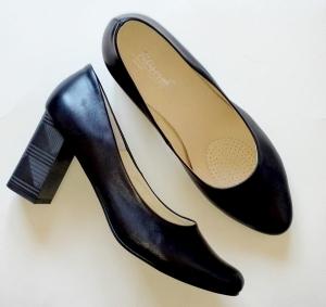 ecd78dd9 FK 9784 skóra naturalna różne kolory / różne tęgości butów/ obcas 8 cm /  rozmiar 41-45