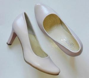 ef110392 FK 9350 skóra naturalna różne kolory / różne tęgości butów /różne wysokości  obcasów / rozmiar 41-45